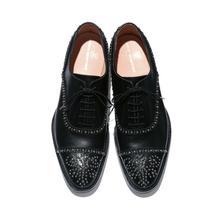 ue_studs_shoes_top_a.jpg